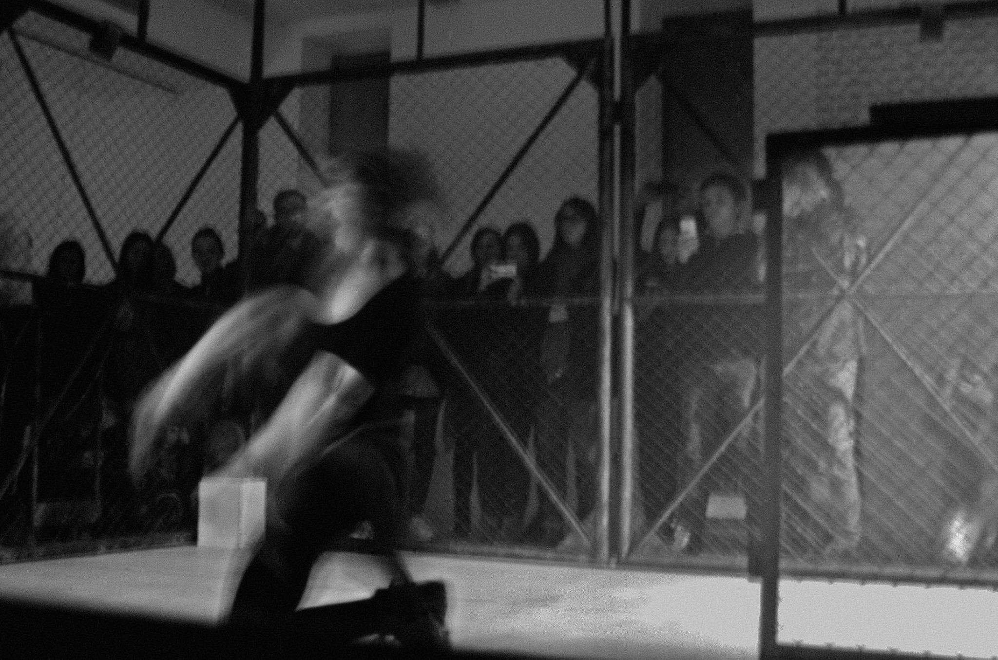 "Dance performance ""MII4IIpeoples park"""